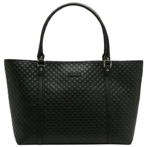 595dd914124 Gucci Tote in black