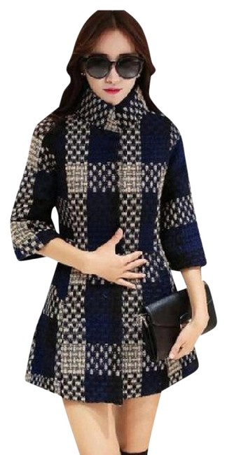 Item - Blue and White Plaid Stand Collar Half Sleeve Women's Overcoat Coat Size 6 (S)