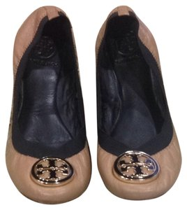 Tory Burch Caroline Brown Camel And Black Flats