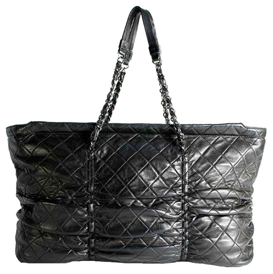 acd692bf3583 Chanel Large 16