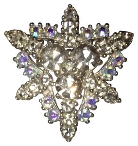 Boutique Crystal Snowflake Broach