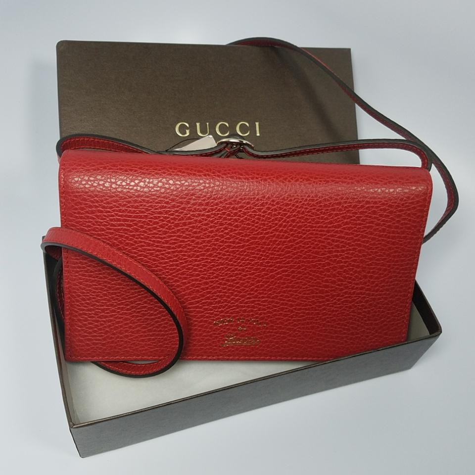 cb57f72d4ee8 Gucci Swing Nwts 368231 Calf Dollar Wallet Tabasco Red Leather Cross ...