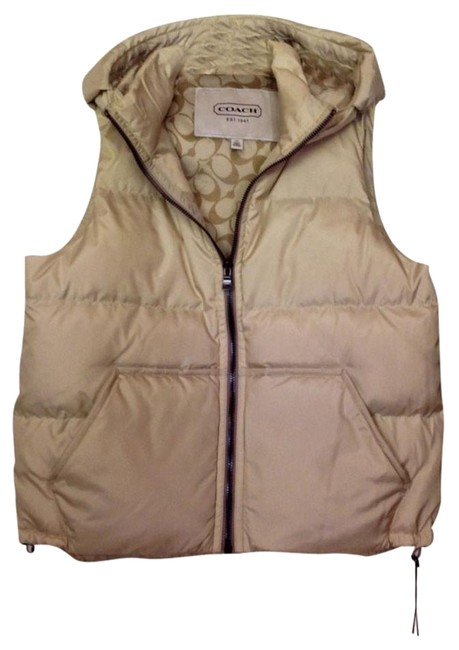 Preload https://item3.tradesy.com/images/coach-puffer-nwt-ivory-large-cream-vest-2196367-0-1.jpg?width=400&height=650