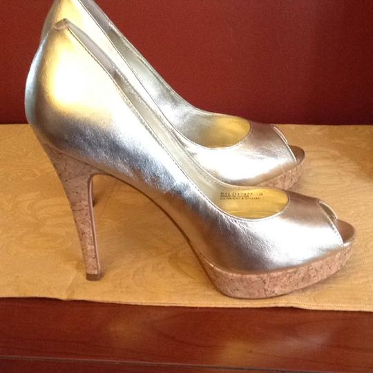 Cole Haan Leather Pale gold Pumps