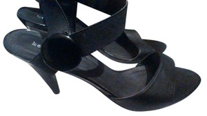 Kelly & Katie black Sandals