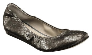 Vera Wang Lavender Label Metallic Pewter Flats