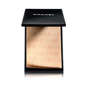 Chanel Beaute New Chanel compact