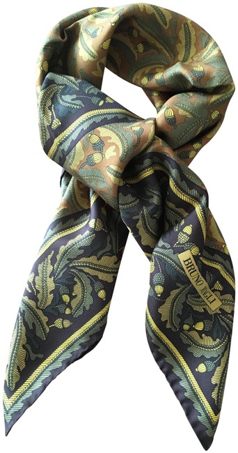 Item - Green Silk Scarf/Wrap