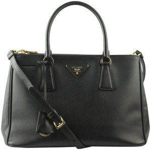 Prada Leather Saffiano Double-zip Tote in Black