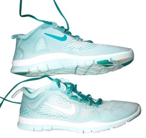 8e337ccb77665 Nike Teal Green Blue Free Tr Fit 4 Sneakers Size US 7 Regular (M