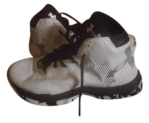 Under Armour Steph Curry Running Limited Edition black and white Athletic