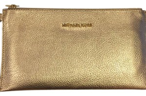 Michael Kors Pale gold Clutch
