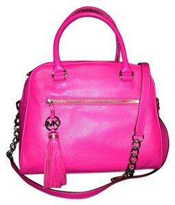 Michael Kors Satchel in Raspberry