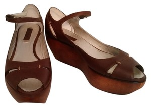 BCBGMAXAZRIA Platform Peep Toe Mary Jane Brown Mules