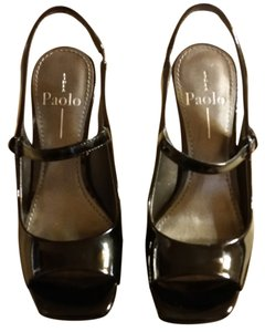 Linea Paolo Black Sandals