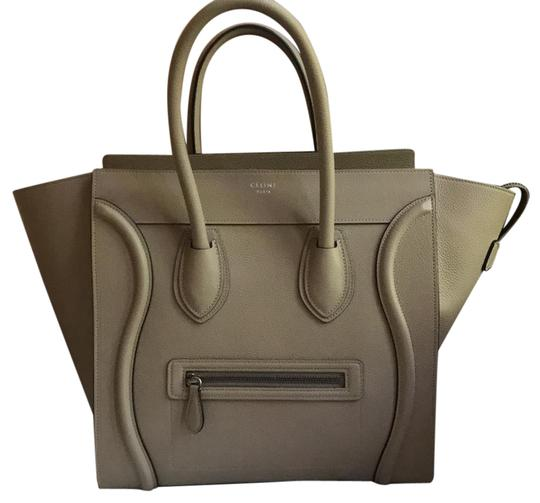 Preload https://img-static.tradesy.com/item/21983094/celine-luggage-drummed-calfskin-basically-like-a-nudetaupe-color-tote-0-1-540-540.jpg