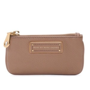 Marc by Marc Jacobs NWT Too Hot To Handle Praline Tan Leather Key Pouch Wallet