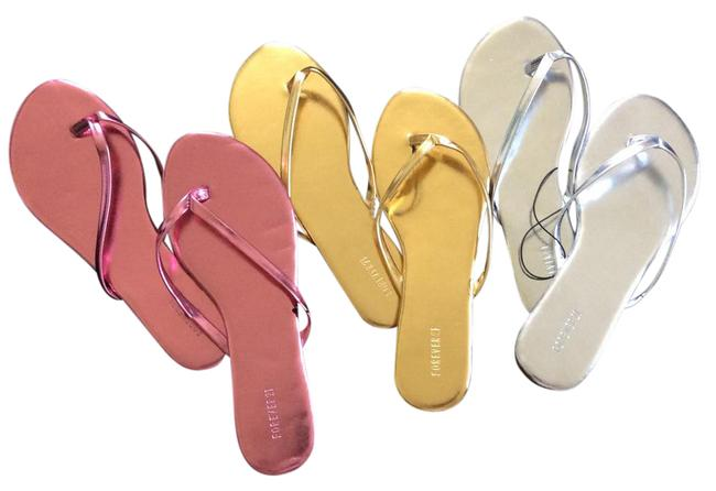 Item - Gold Silver Pink Fancy Flip Flops Sandals Size US 6 Regular (M, B)