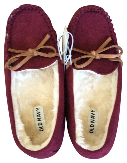 Preload https://img-static.tradesy.com/item/21985459/old-navy-deep-burgundy-moccasins-flats-size-us-5-regular-m-b-0-1-540-540.jpg