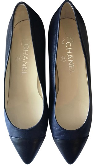 Preload https://img-static.tradesy.com/item/21986122/chanel-blueblack-pumps-size-eu-37-approx-us-7-regular-m-b-0-1-540-540.jpg
