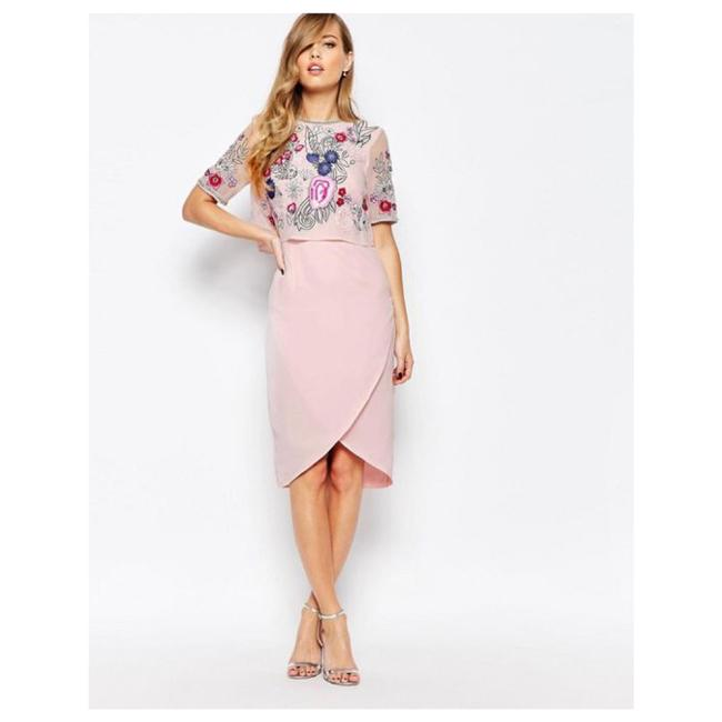 Preload https://img-static.tradesy.com/item/21986991/frock-and-frill-pink-mid-length-cocktail-dress-size-8-m-0-0-650-650.jpg