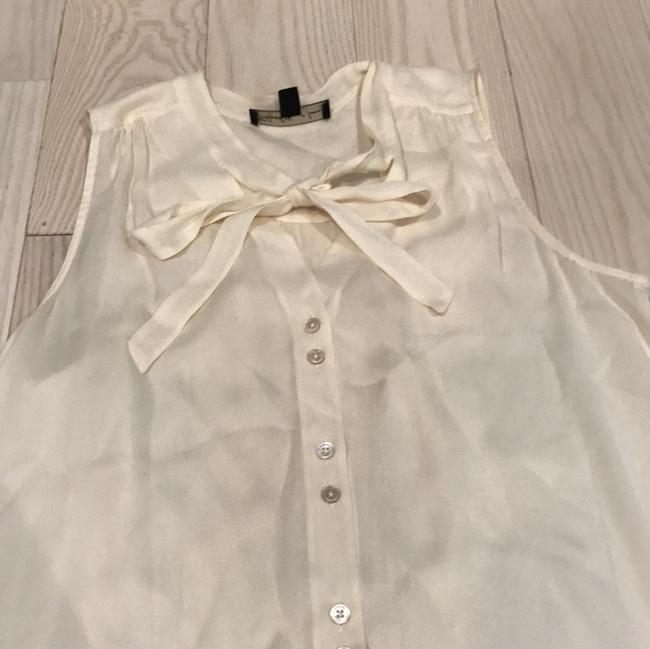 Elizabeth and James Silk Silk Silk Button Top cream