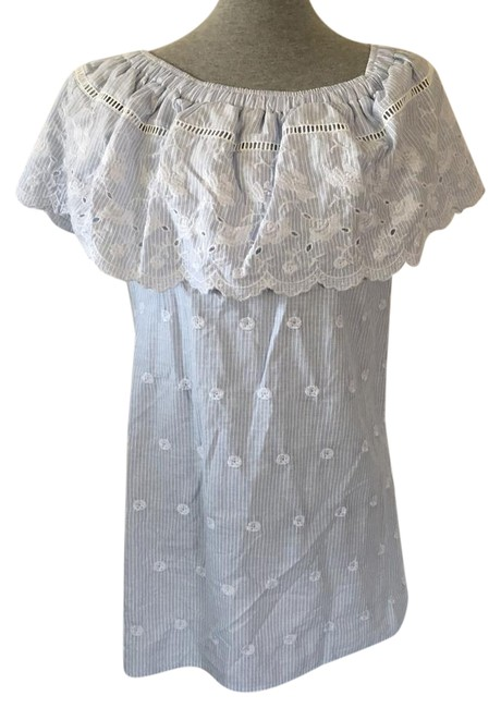 Preload https://img-static.tradesy.com/item/21987527/romeo-and-juliet-couture-blue-stripe-tunic-size-10-m-0-1-650-650.jpg
