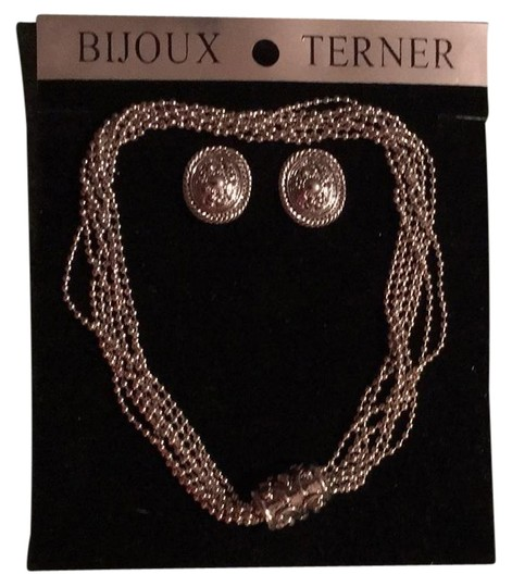 Preload https://img-static.tradesy.com/item/21987626/bijoux-terner-silver-and-earings-necklace-0-1-540-540.jpg