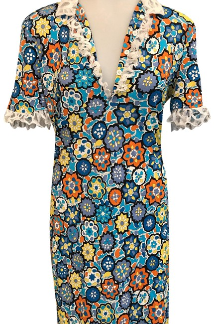 Preload https://img-static.tradesy.com/item/21988440/emilio-pucci-blue-multi-floral-and-lace-sleeved-short-casual-dress-size-6-s-0-1-650-650.jpg