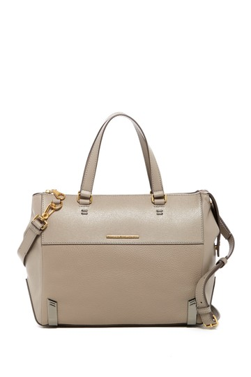 Preload https://img-static.tradesy.com/item/21988620/marc-jacobs-by-shelered-island-satchel-cement-genuine-leather-shoulder-bag-0-0-540-540.jpg