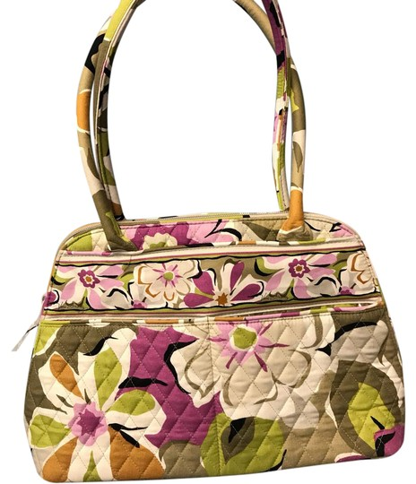 Preload https://img-static.tradesy.com/item/21988807/vera-bradley-zipper-enclosure-1-zipped-pocket-on-one-side-and-2-pockets-on-the-other-side-a-lot-of-o-0-1-540-540.jpg