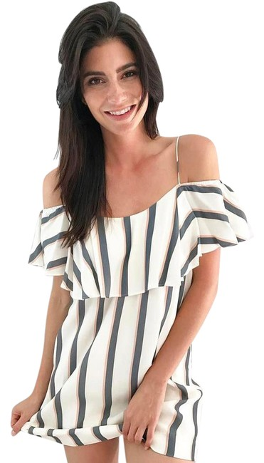 Preload https://img-static.tradesy.com/item/21989387/free-people-stripe-esther-off-the-shoulder-short-casual-dress-size-2-xs-0-1-650-650.jpg