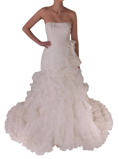 Preload https://img-static.tradesy.com/item/21989575/pronovias-off-white-polyester-alga-modern-wedding-dress-size-10-m-0-3-540-540.jpg