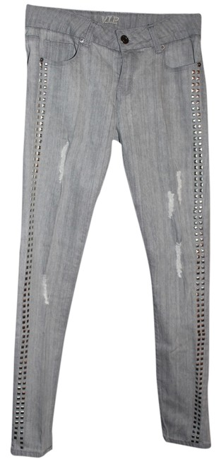 Preload https://img-static.tradesy.com/item/2198972/gray-distressed-910-with-studs-straight-leg-jeans-size-33-10-m-0-0-650-650.jpg