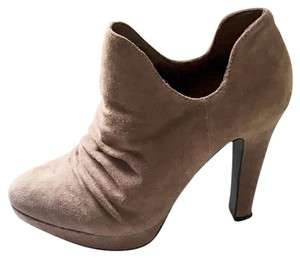 Rosegold Shoes Tan Suede Boots