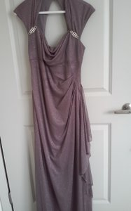 R & M Richards Plum Polyester Evening Gown Formal Bridesmaid/Mob Dress Size 8 (M)