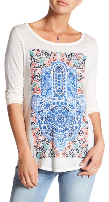 Preload https://img-static.tradesy.com/item/21990383/lucky-brand-blue-white-cream-hamsa-watercolor-long-sleeve-soft-tee-shirt-size-4-s-0-1-650-650.jpg