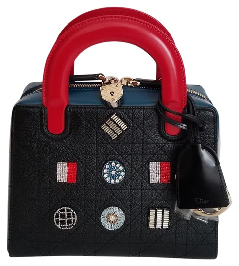 Preload https://img-static.tradesy.com/item/21991357/dior-lily-special-edition-beaded-red-and-black-blue-and-colorful-beads-lambskin-tote-0-1-540-540.jpg