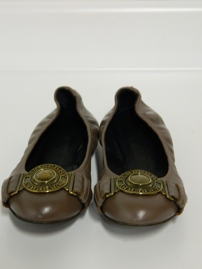 Burberry Leather Gray Flats