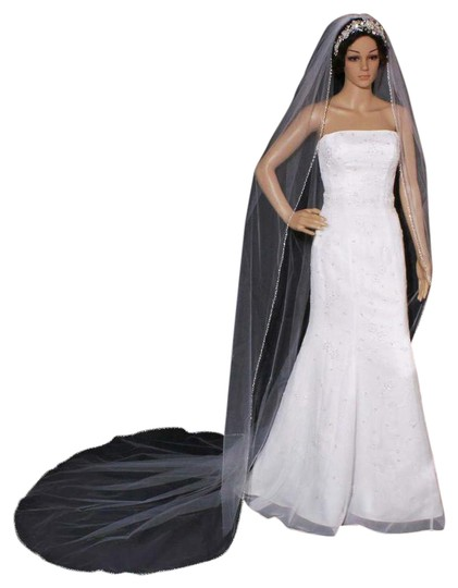 Preload https://img-static.tradesy.com/item/21992838/white-long-cathedral-with-rhinestone-pearls-bugle-beads-bridal-veil-0-1-540-540.jpg