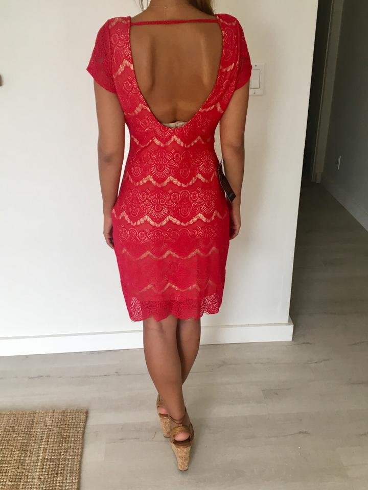 bebe Red Open Back Lace Mid-length Cocktail Dress Size 4 (S) - Tradesy