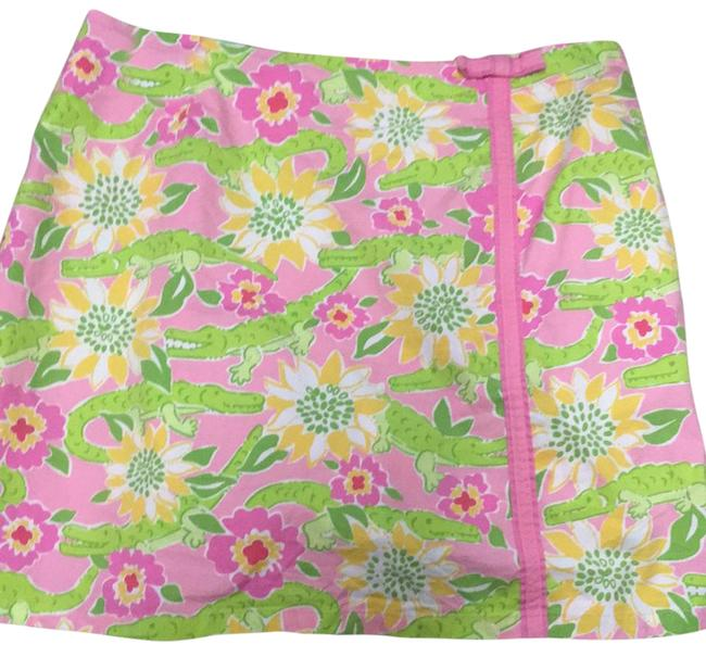 Preload https://img-static.tradesy.com/item/21994987/lilly-pulitzer-alligator-print-skirt-size-6-s-28-0-1-650-650.jpg
