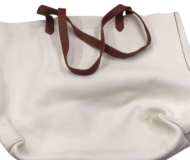Item - Classic White Leather Tote