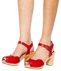 swedish hasbeens Wooden Heart Summer Red Sandals