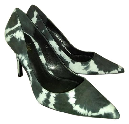 Preload https://img-static.tradesy.com/item/21997814/elysewalker-los-angeles-white-black-dyed-and-print-pumps-size-eu-38-approx-us-8-regular-m-b-0-1-540-540.jpg