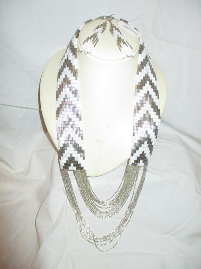 unknown multi strand beaded necklace & earrings Image 3