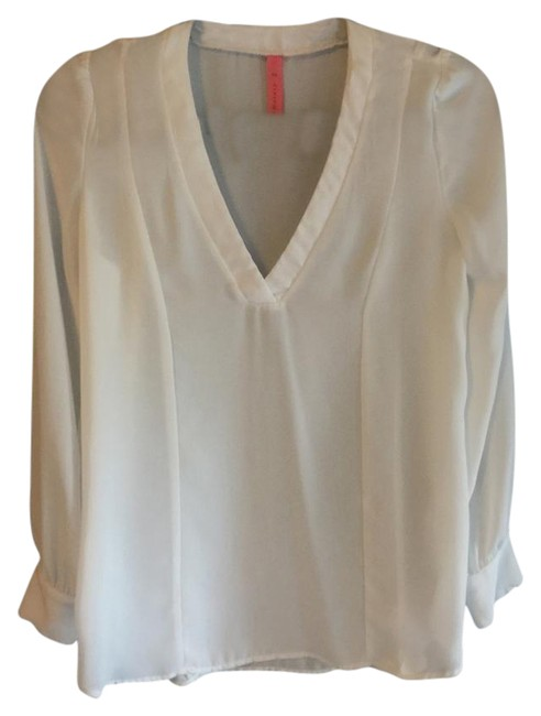 Preload https://img-static.tradesy.com/item/22000064/eight-sixty-white-blouse-size-2-xs-0-1-650-650.jpg