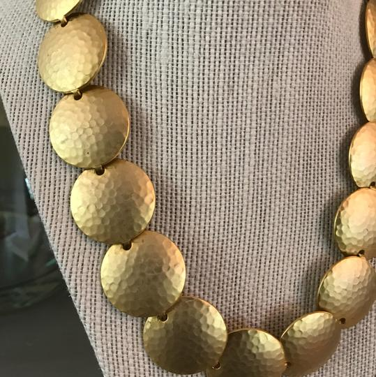 Boutique Gold Hammered Circles Necklace Image 1