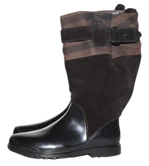 Preload https://img-static.tradesy.com/item/22000306/burberry-brown-and-black-suede-rubber-rain-bootsbooties-size-us-8-regular-m-b-0-1-540-540.jpg