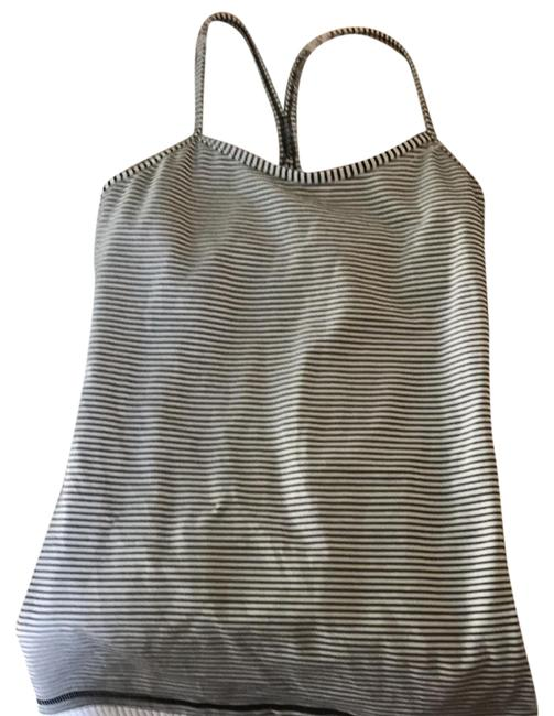 Preload https://img-static.tradesy.com/item/22000461/lululemon-black-and-white-activewear-top-size-6-s-0-1-650-650.jpg